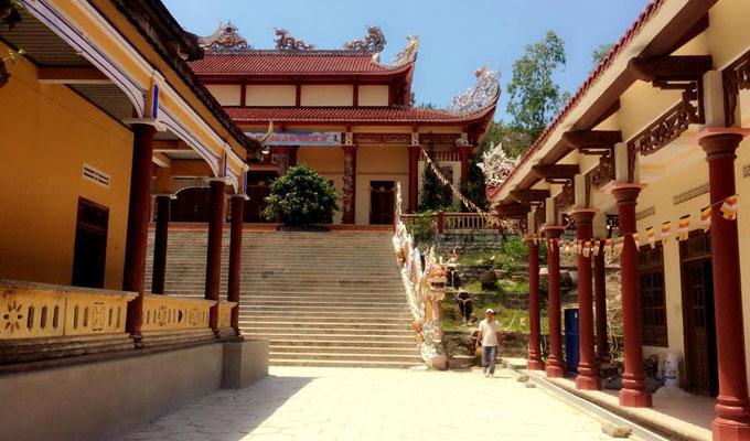 Ong Nui Pagoda - a tourist destination in Binh Dinh Province