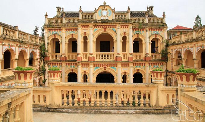 Hoang A Tuong Residence