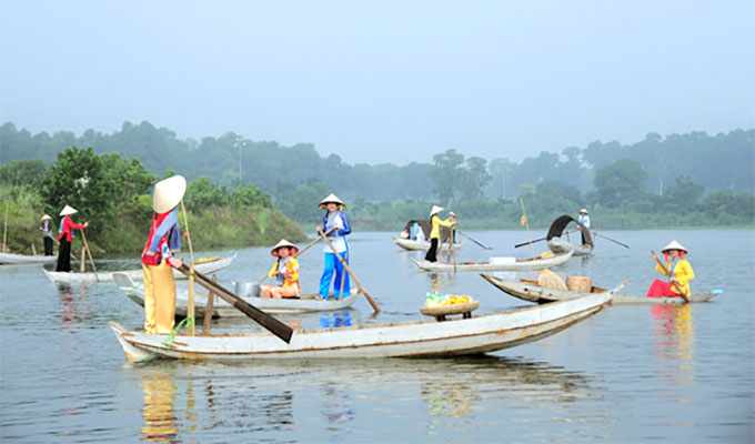 Cai Rang floating market to be recreated in Ha Noi