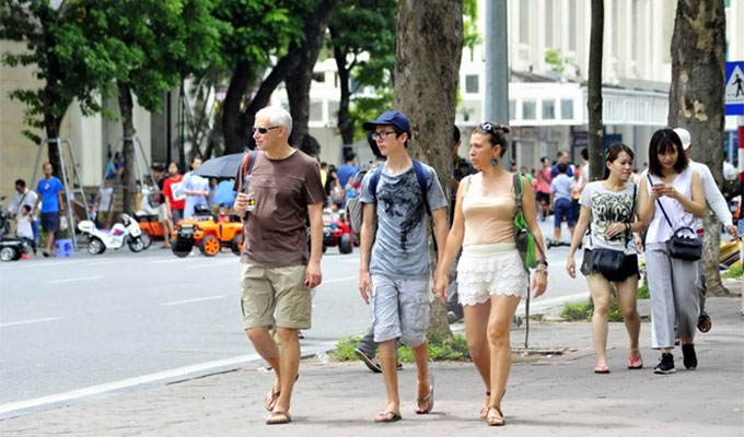 Tourist arrivals in Ha Noi, Thua Thien-Hue up during New Year holiday