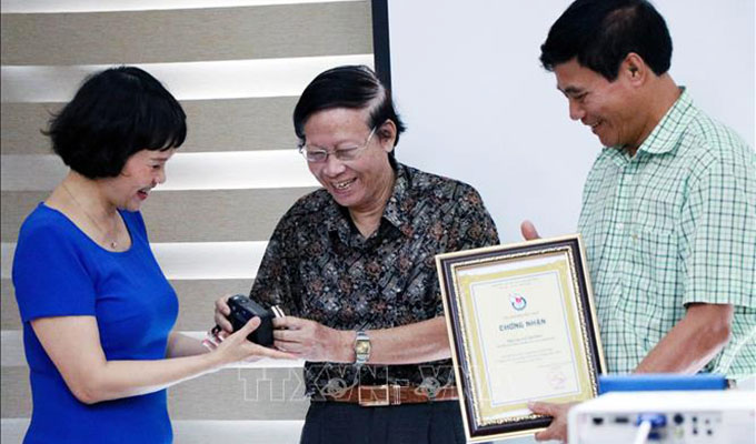 Bảo tàng Báo chí Việt Nam tiếp nhận hàng chục hiện vật quý