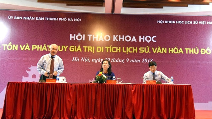 Experts discuss preservation and promotion of Ha Noi's historical sites