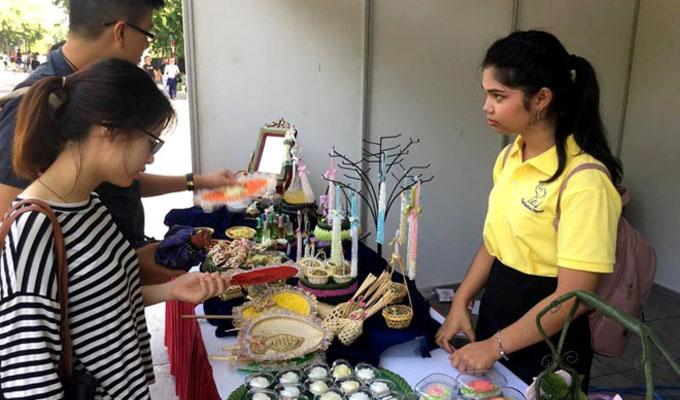 Tưng bừng khai mạc Lễ hội Thái Lan lần thứ 10 tại Hà Nội