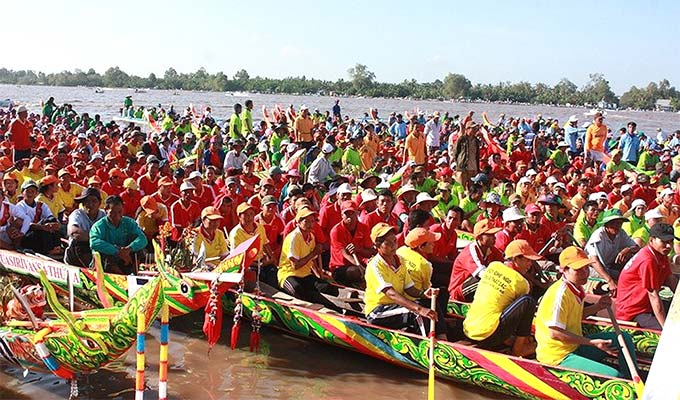 Khmer ethnic culture festival shines in Kien Giang