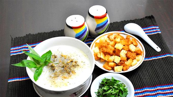 Bowls of chao trai delight Ha Noi