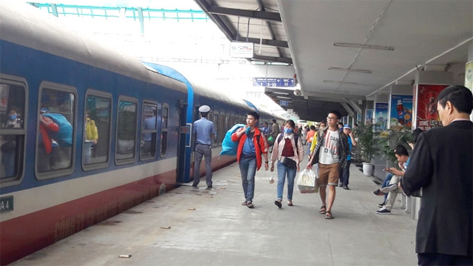 Ha Noi Railway offers discounts up to 50 percent