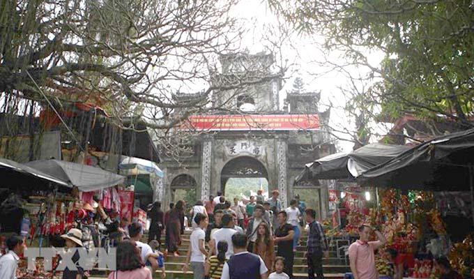 Ha Noi: Huong pagoda festival opens