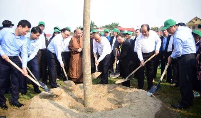 PM launches Tet tree planting festival in Ha Noi district