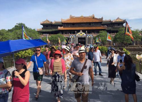 Thừa Thiên-Huế: Nhiều hoạt động tái hiện Tết cổ truyền Cung đình Huế