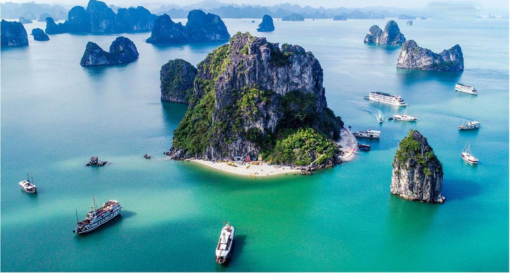Quảng Ninh: Vịnh Hạ Long được bình chọn vào top 50 kỳ quan du lịch thiên nhiên thế giới
