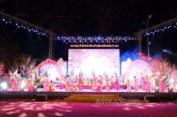 Peach blossom festival held in Lang Son