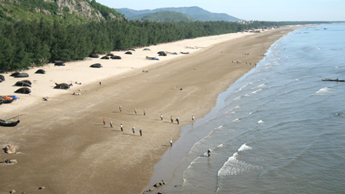 peaceful hai hoa beach vietnam national administration of tourism